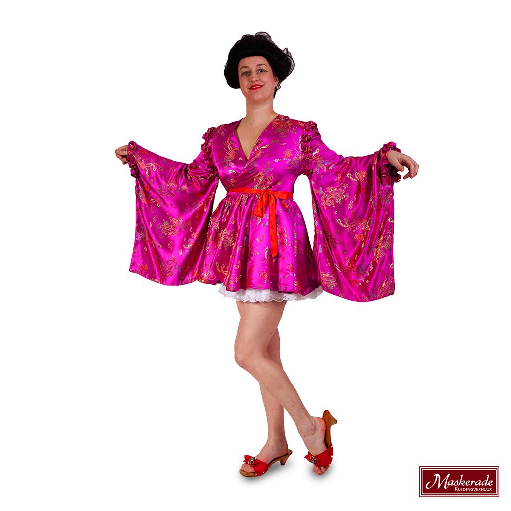 6c5fbd184fb7fe Japans kort roze jurkje huren bij Maskerade Kledingverhuur